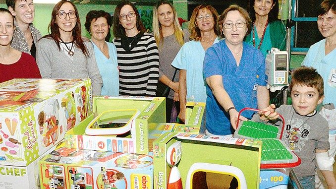 Le mamme di Facebook hanno aiutato l'ospedale e La collina degli elfi