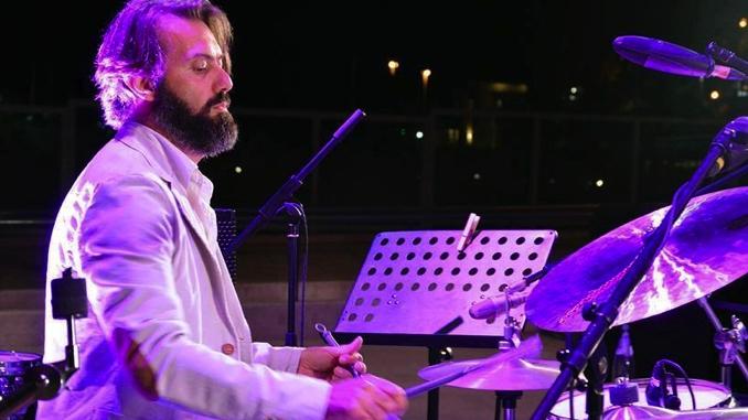 Lunedì 11 dicembre workshop del batterista Lucrezio de Seta da Milleunanota
