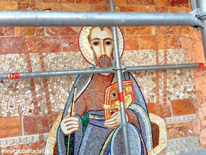250 metri quadrati di mosaici realizzati a Madonna dei fiori 1