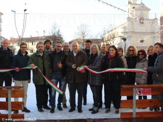 Alba: inaugurata ufficialmente la pista di pattinaggio in piazza Pertinace