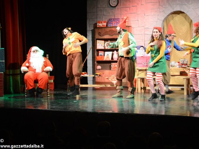 spettacolo teatrale La casa di Babbo Natale (3)