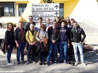 All'istituto Cillario Ferrero l'alternanza viaggia con le bollicine della Campari