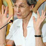 La sociologa Chiara Saraceno parla del mestiere di genitore