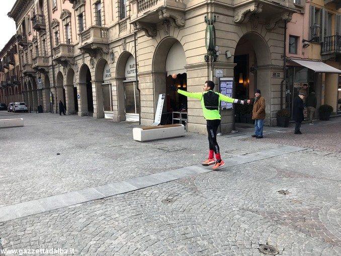 Allenamento in piazza Ferrero ad Alba per Max Vacchetto e Roberto Corino 1