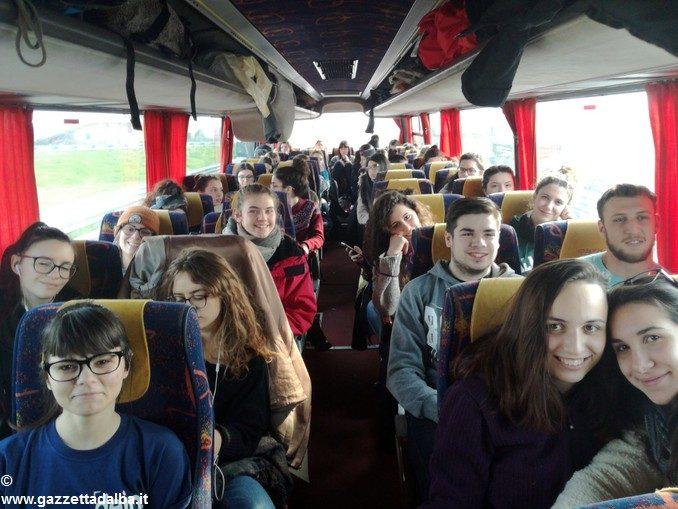 Il viaggio della memoria dei liceali albesi tra il ghetto ebraico e Auschwitz