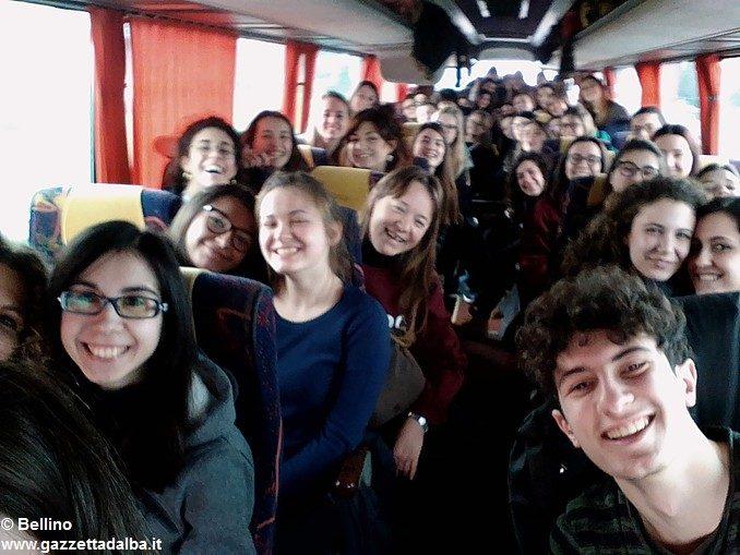 Viaggio della memoria: duecento giovani albesi sono partiti verso Auschwitz 1