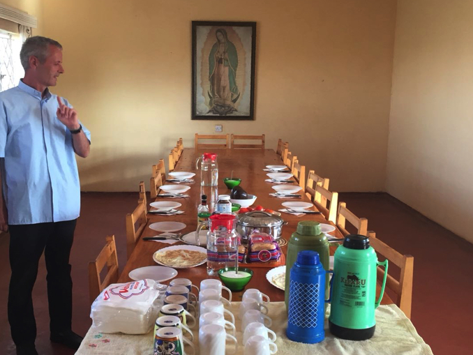 vescovo-kenya-giorno3-2