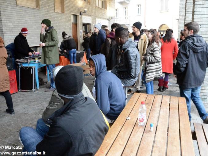 Piazzetta Migrante sabato 10 marzo (5)