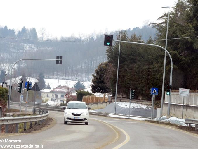 Semaforo via Cornarea 1