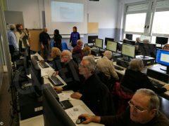 Partiti i corsi di computer per gli  anziani con una grande adesione 3