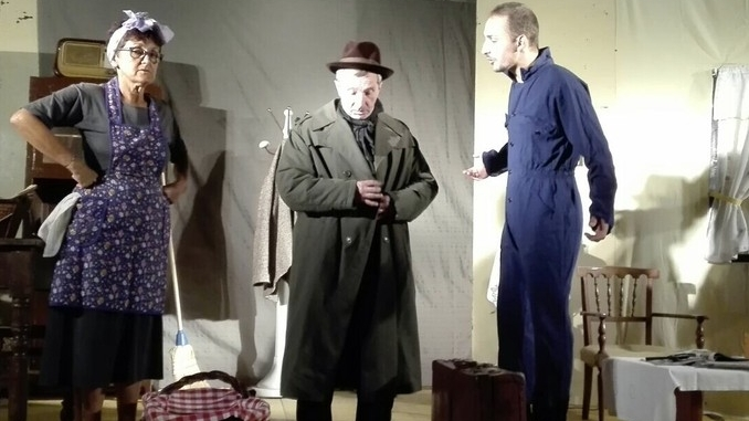 Gabutti con gli attori di Cravanzana narra dei langhetti a Torino