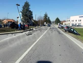 Incidente mortale vicino a Pollenzo. La vittima è un Carabiniere, 3 auto coinvolte