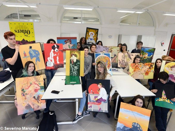 Alba: il talento del liceo artistico per abbellire le stanze dell'Asl