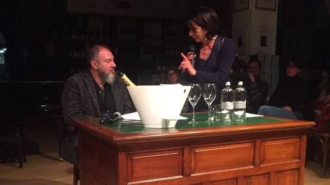Una serata all'insegna del giallo con Carlo Lucarelli alla fondazione Mirafiore