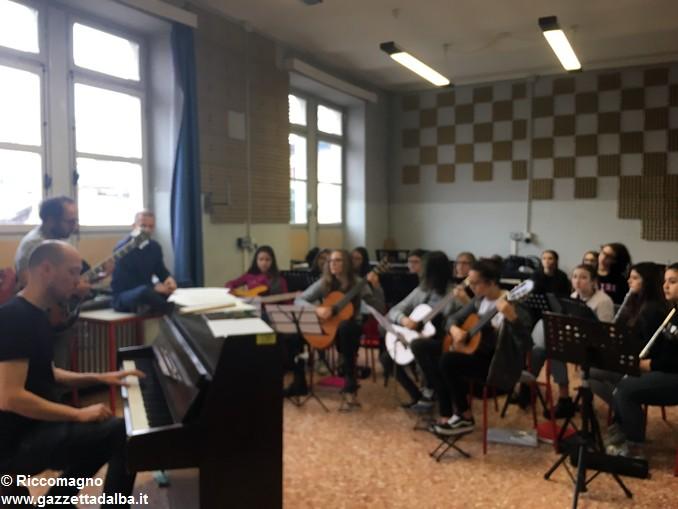scuola media Pertini Soren Bebe e Filippo Cosentino (3)