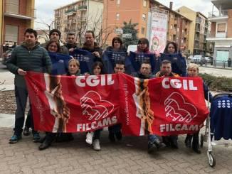 I dipendenti Trony: «Siamo senza lavoro e senza indennità di disoccupazione»