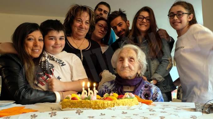 Festa a Ricca per i 110 anni di Erminia Bianchini, la seconda persona più longeva del Piemonte