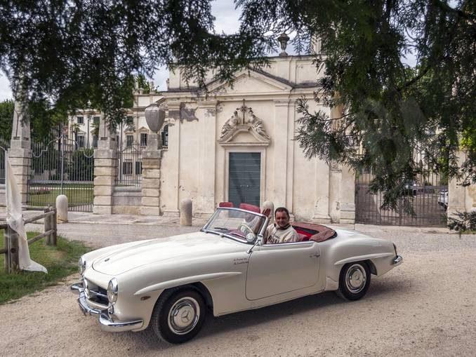 Parte sabato da Neive un affascinante raduno di auto storiche