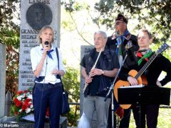 Partecipata cerimonia il raduno partigiano a Valdivilla per il 25 aprile. Le foto 8