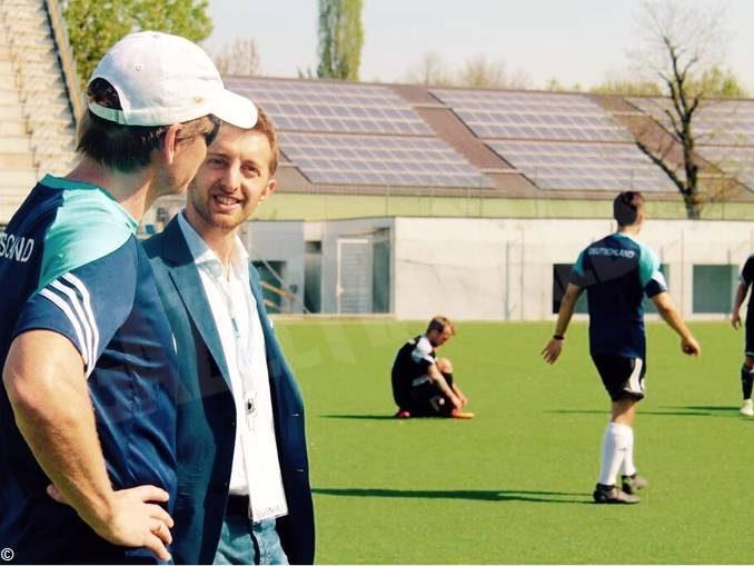 C'è grande attesa per la partita di calcio tra Italia e Germania