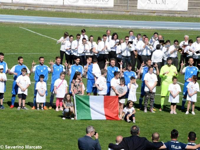 Calcio: nella partita delle nazionali sordi vince la Germania per 4-2 10