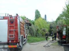 Grosso incendio, senza feriti, presso un vivaio di Roddi. Il video 1