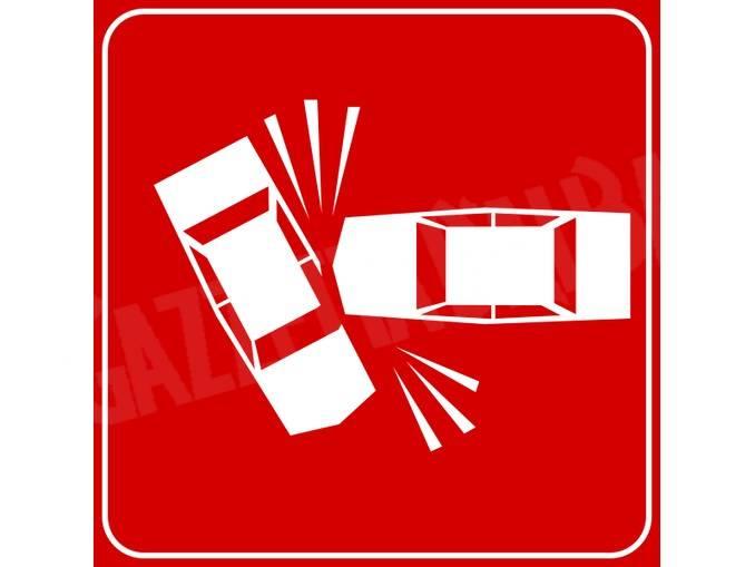 incidente stradale cartello