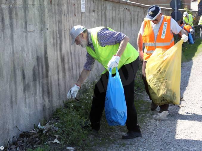 laudato sii Pollenzo raccolta rifiuti (4)