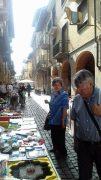 Sole e folla al Mercato delle pulci e a Porté disné. Le foto più belle 6