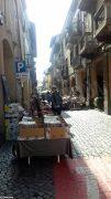 Sole e folla al Mercato delle pulci e a Porté disné. Le foto più belle 1