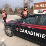 Cuneo: giovane denunciato per avere danneggiato un'automobile