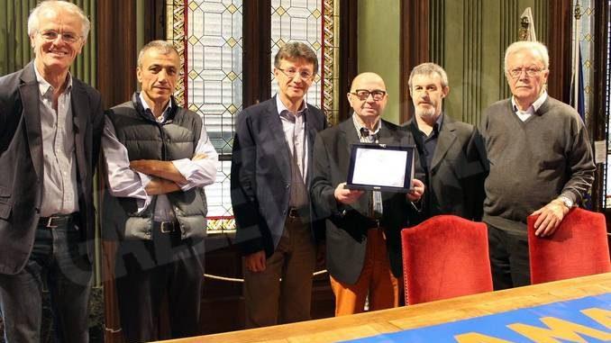 Premiati i cicloamatori di Alba per i quarant'anni di attività