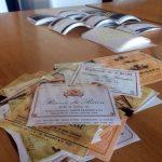 I collezionisti delle etichette da vino chiedono il supporto dei produttori