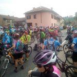 Oltre 240 mountainbike al raduno organizzato nel Roero. Le foto più belle