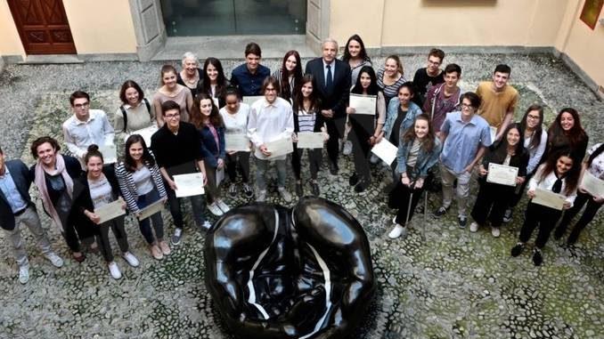 Trenta giovani all'estero con le borse di studio della fondazione Crc
