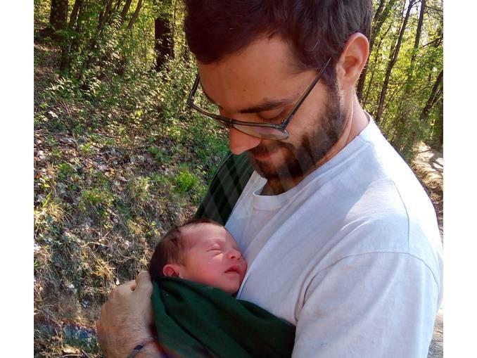 A piedi, tra le rocche del Roero, col bebé stretto al cuore 1