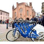 """Alba: il servizio bike sharing """"Bus2Bike"""" adesso è a pagamento"""