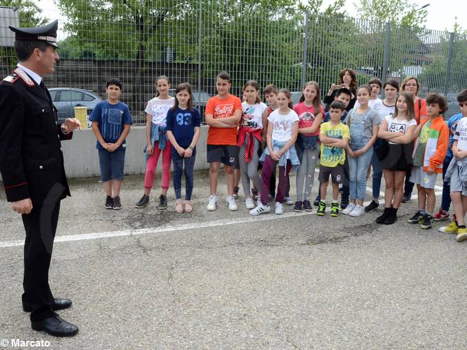 Carabinieri studenti scuola media Vida (3)