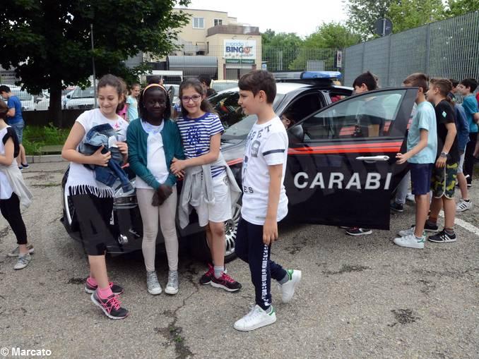 Carabinieri studenti scuola media Vida (6)