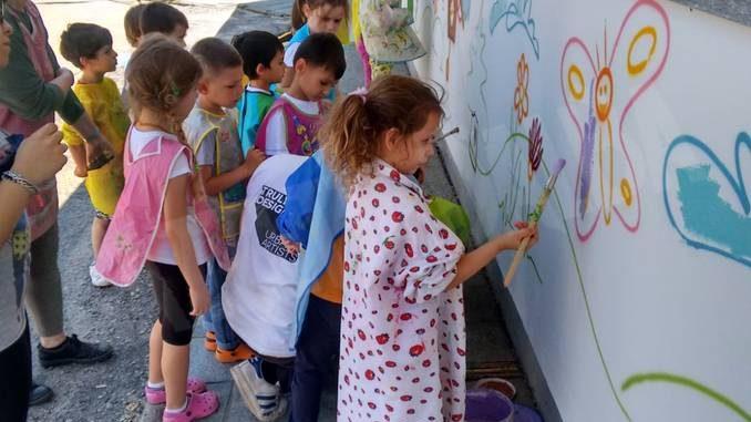 All'asilo murales d'artista con Be street e Truly design 18