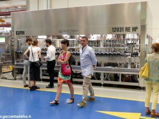 La Gai ha presentato l'imbottigliatrice più grande del mondo