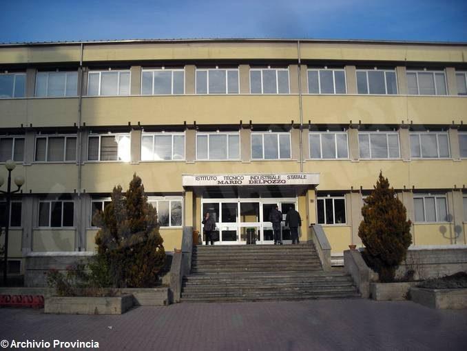 Cantieri aperti in 14 scuole superiori della Granda per lavori