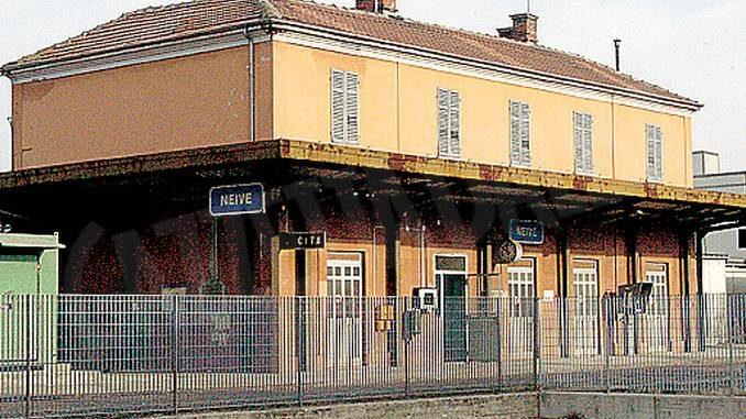 I neivesi sperano che il treno torni in stazione