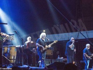 Festival Contro: dopo De Andrè e i Nomadi, i Lou Dalfin e Renzo Arbore 4
