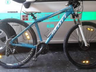 Alba: ritrovata una bicicletta Scott. Il proprietario può rivolgersi alla Polizia municipale
