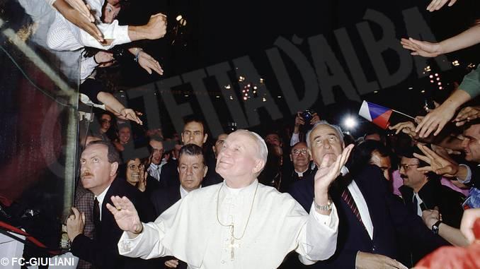 In San Giuseppe apre la mostra dedicata a Giovanni Paolo II