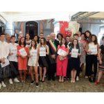 Guarene ha dato il benvenuto ai diciottenni e premiato gli amici