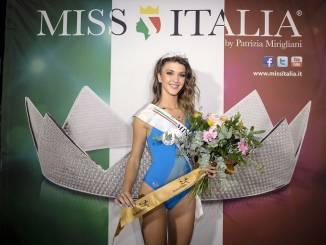 La sommarivese Michela Coraglia incoronata Miss Piemonte
