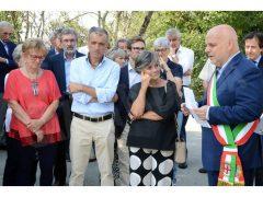 Intitolata a Gaetano Di Modica la piazza di Scaparoni. Ecco le foto 2