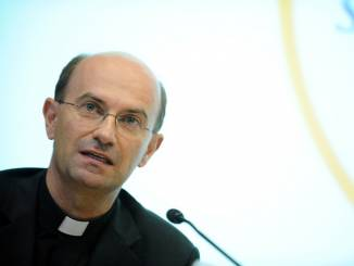 Stefano Russo nuovo segretario generale della Cei. Gli auguri del Cardinale Bassetti.